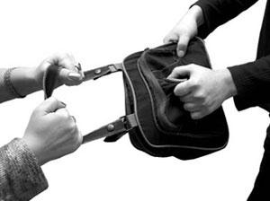 Московские барсеточники на Каене украли 900 рублей