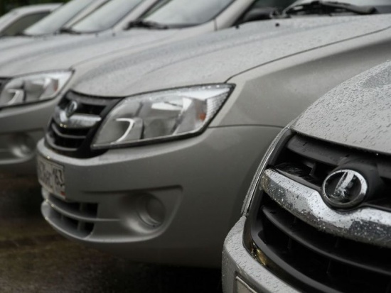 АвтоВАЗ показал лучшие продажи за последние три года