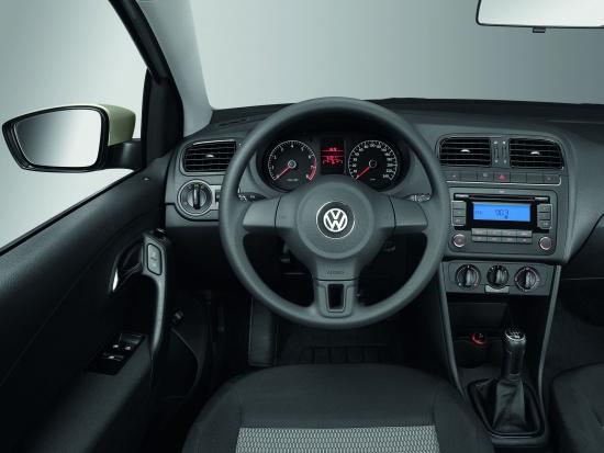 VW Polo Sedan получил кондиционер