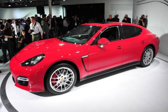 Porsche Panamera GTS - премьера в Лос-Анджелесе