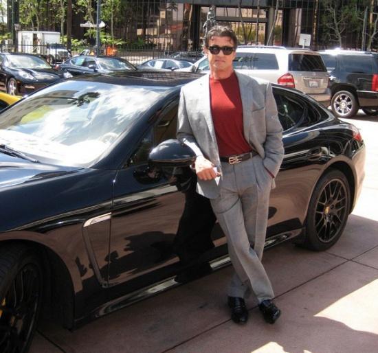 Сильвестр Сталлоне продает свою Porsche Panamera