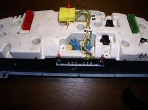 Замена ламп приборной панели Audi A6.