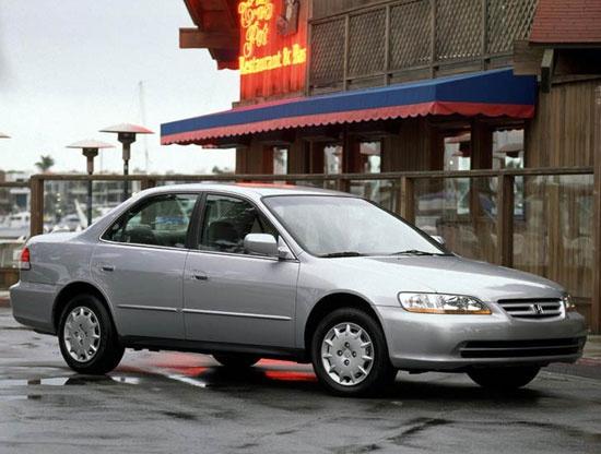 Honda отзывает 833 тысячи автомобилей из-за подушек безопасности