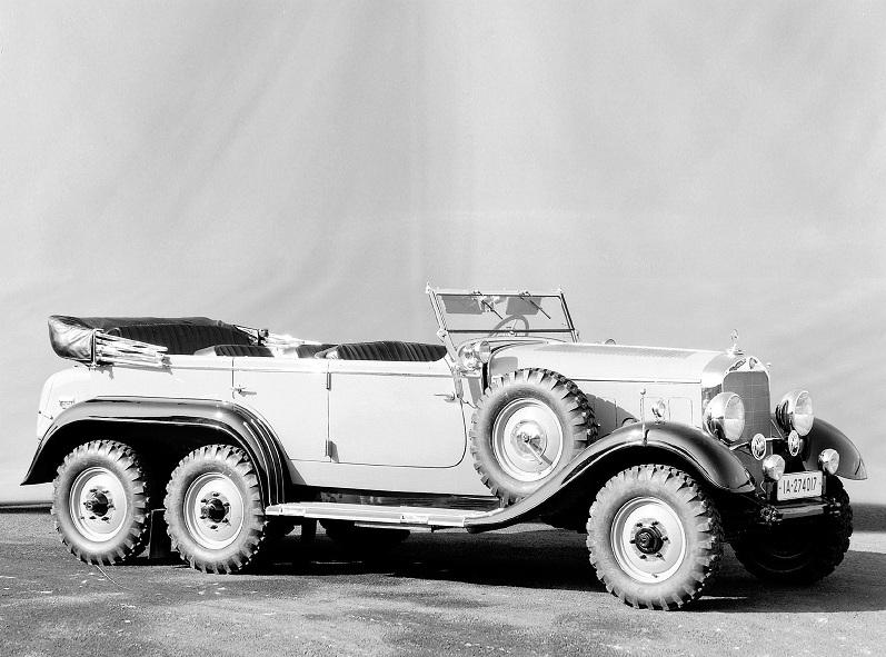 Первый трехосный автомобиль Mercedes-Benz G4