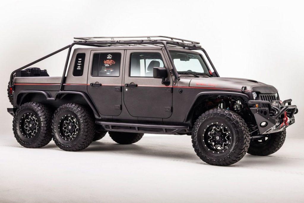 Jeep Wrangler 6х6 разработан и представлен одной из американских тюнинговых компаний