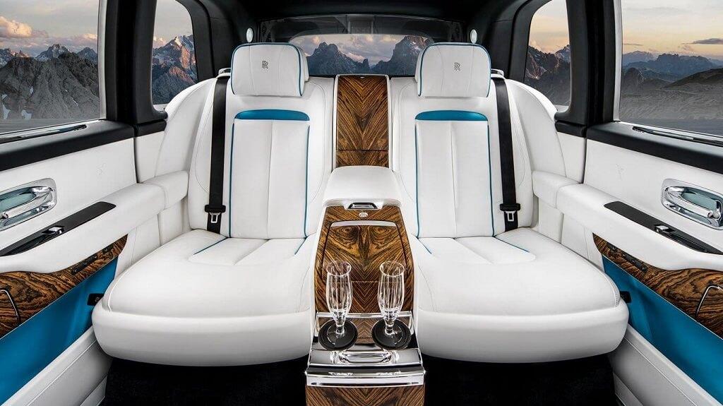 Салон Rolls-Royce Cullinan