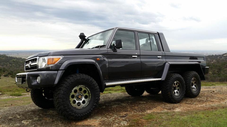 Дополнительно автомобиль оборудован системой ABS и подушкой безопасности с водительской стороны