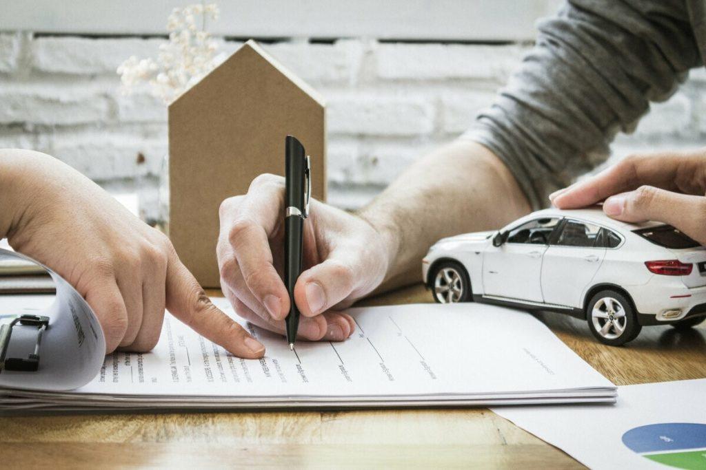 Заемщик ограничен в праве распоряжаться своей машиной