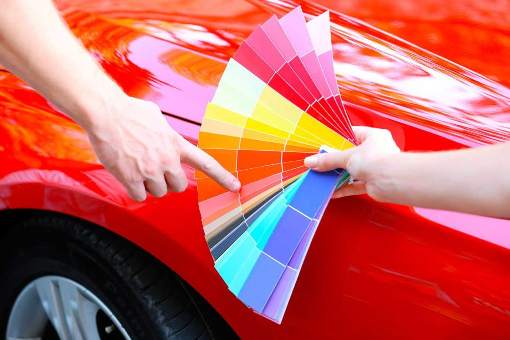 Кто-то красит машину в автомалярной уже после покупки