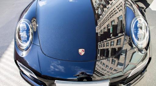 Автомобиль, покрытый нанокерамикой