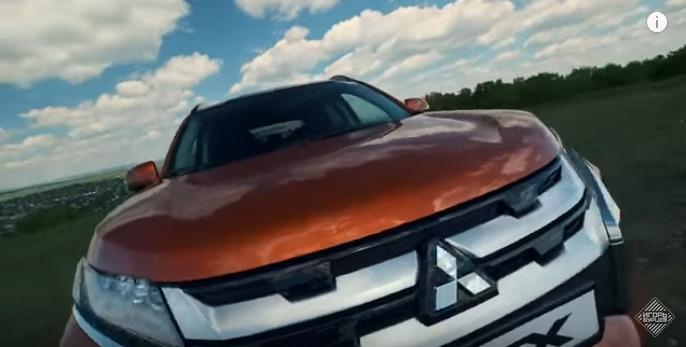 Новый Mitsubishi ASX 2020 против Renault Arkana