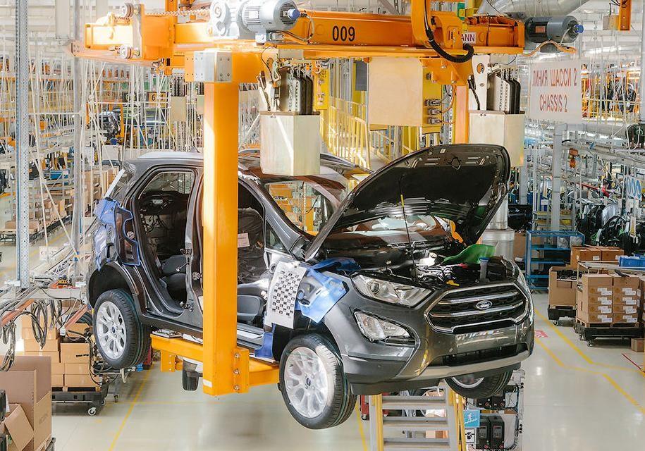 Автоконцерны возобновляют работу заводов