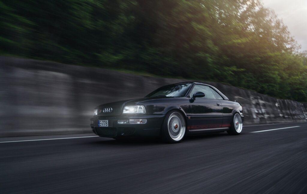 Audi Cabriolet, три в одном: стиль, классика, мощь