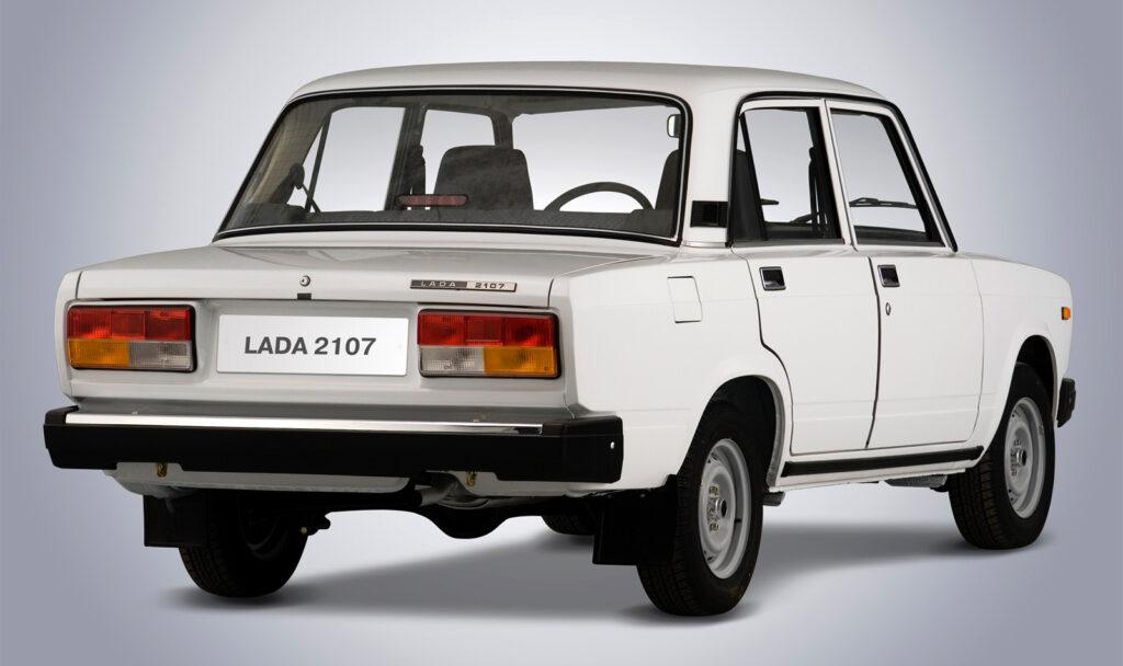 ВАЗ-2107, вид сзади