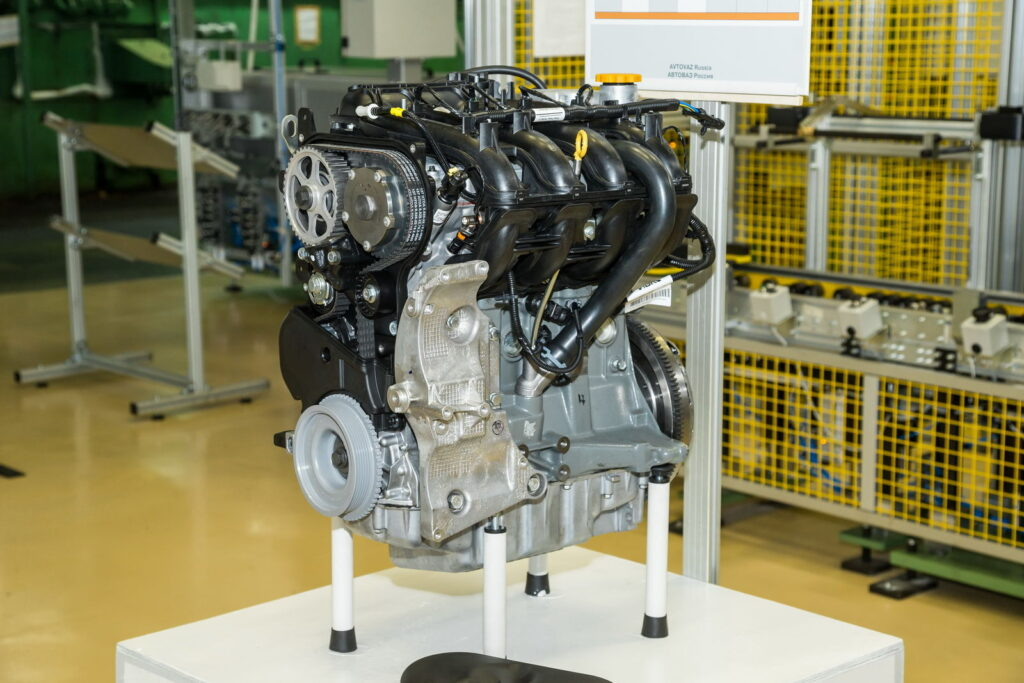 Новый отечественный мотор ВАЗ-21179