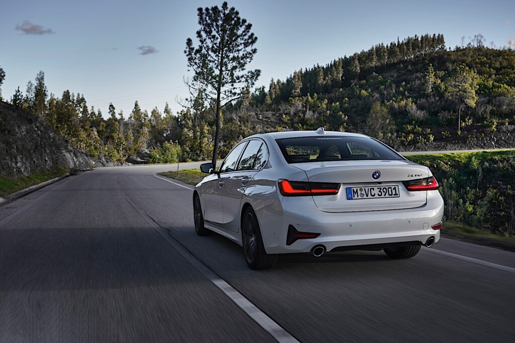 BMW 3-Series 2020