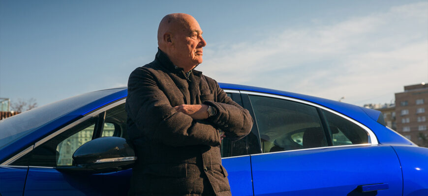 На каких авто ездит Владимир Познер