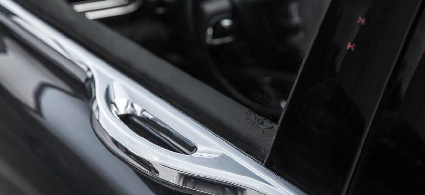 Самые интересные дверные ручки автомобилей
