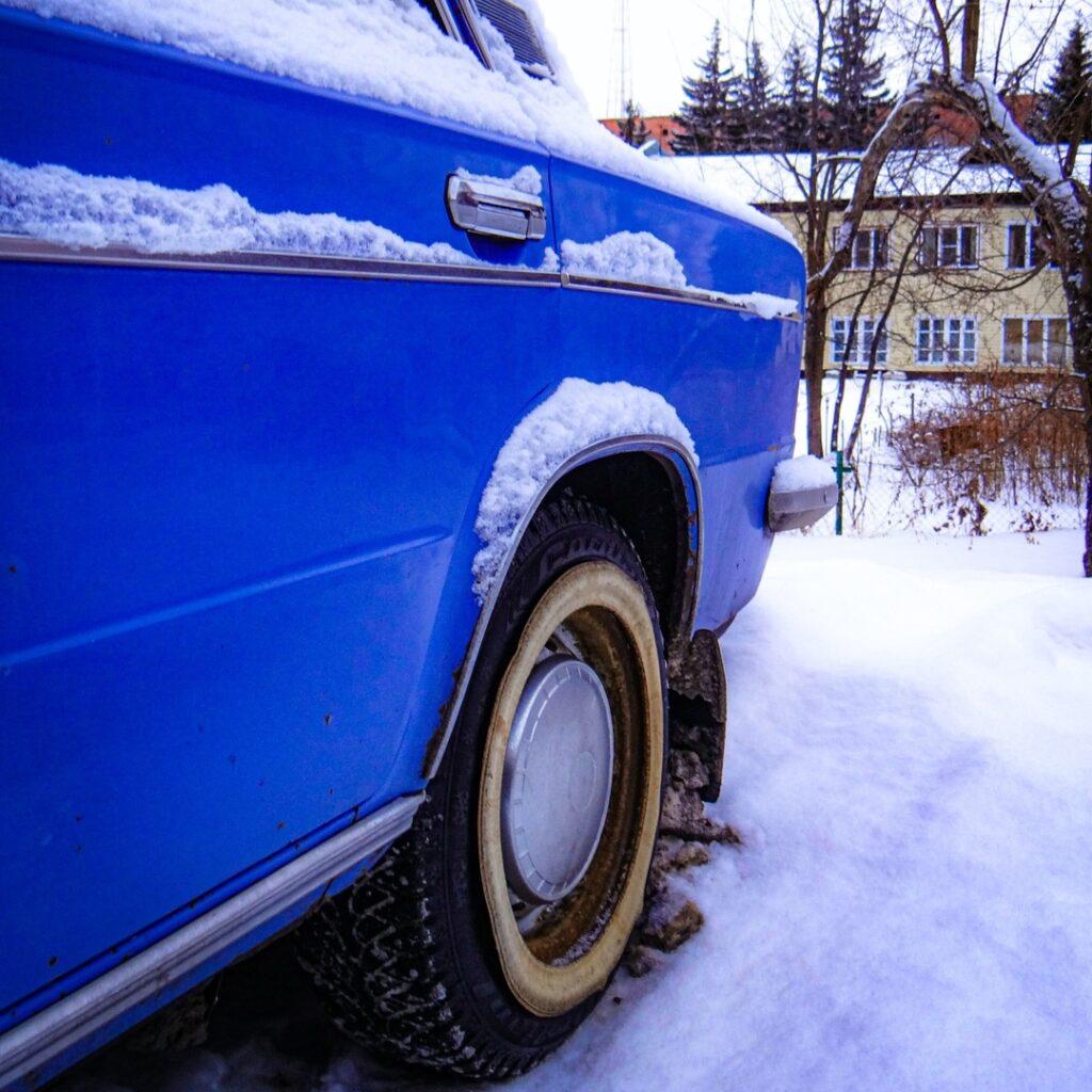 ВАЗ 2103 - синий, синий иней