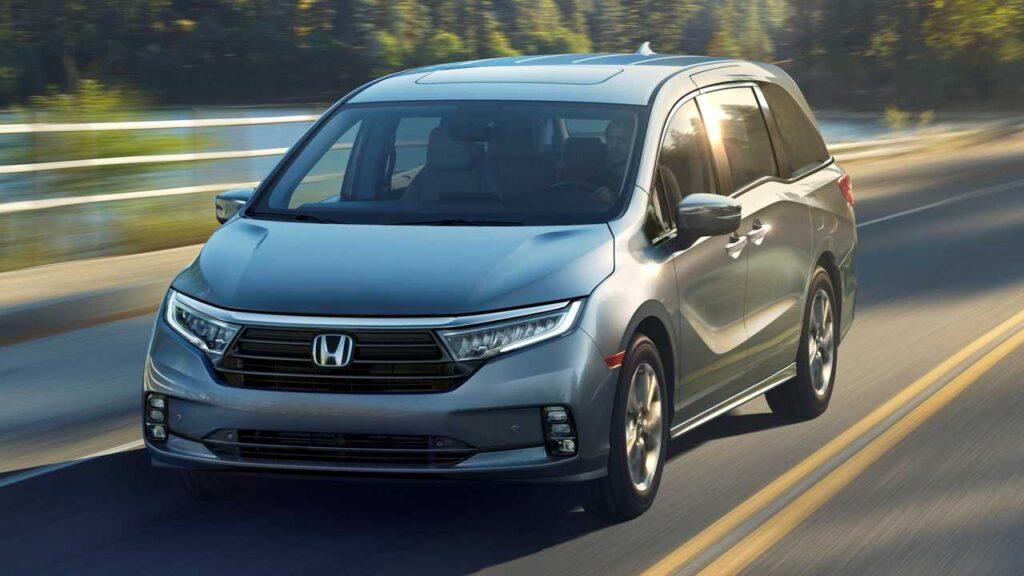Honda Odyssey образца 2020 года