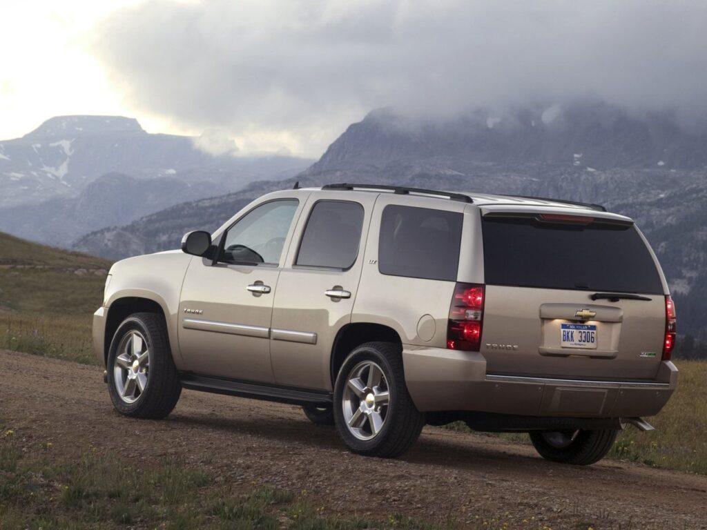 Chevrolet Tahoe  III 2006 года