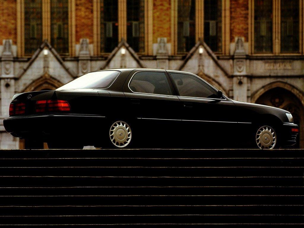 Первое поколение Lexus LS