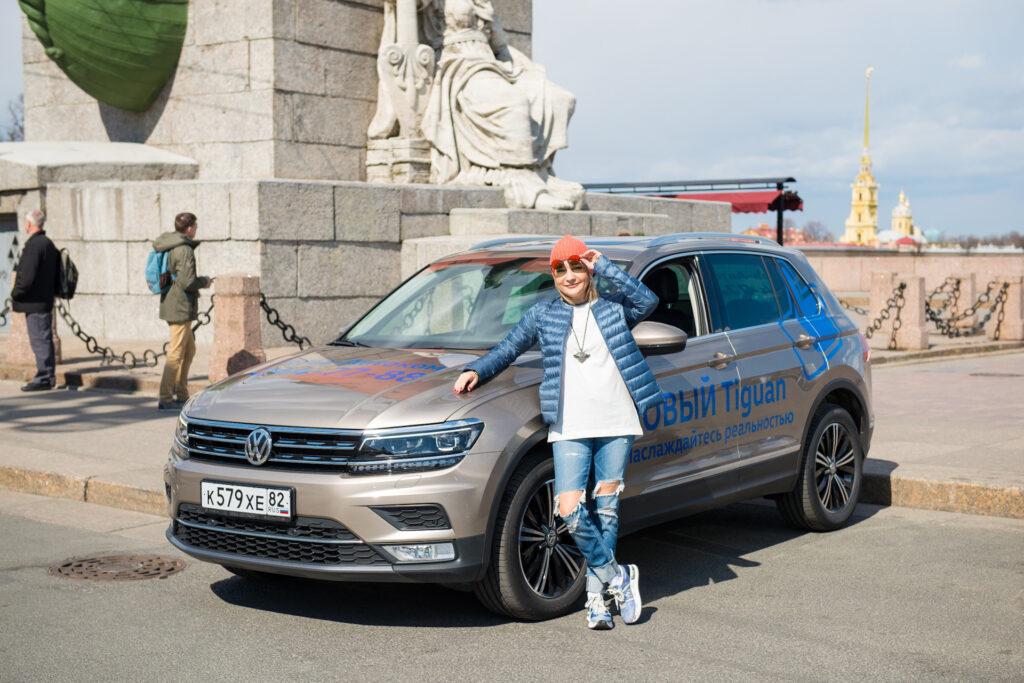 Буланова на тест-драйве VW Tiguan