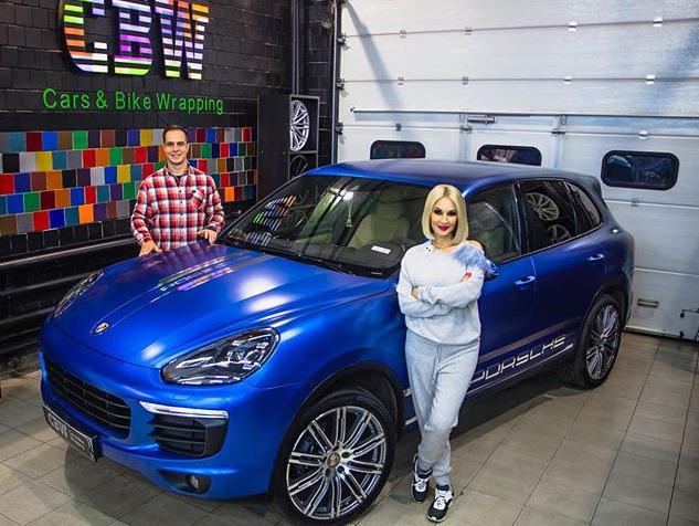 Лера Кудрявцева и ее Porsche Cayenne 958