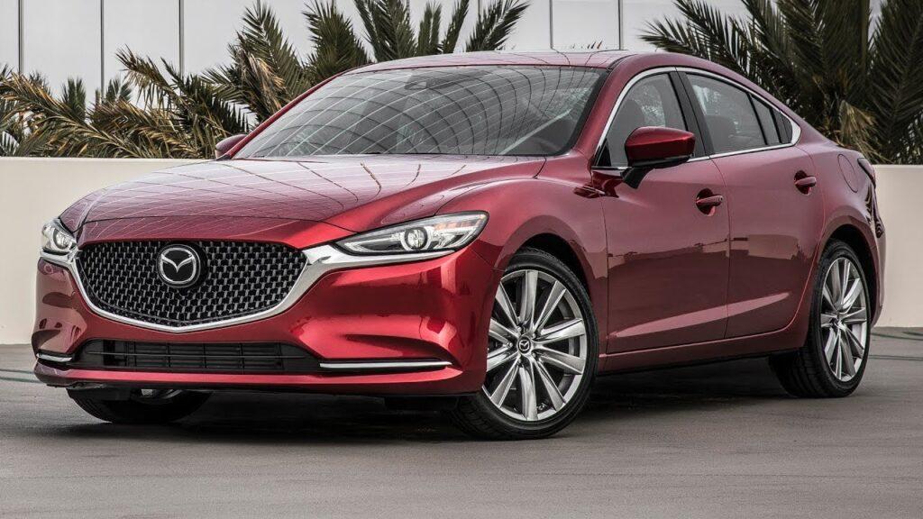 Mazda 6, вид спереди