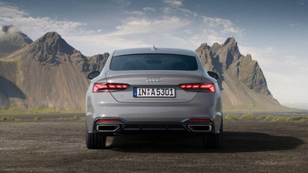 Audi A5, вид сзади