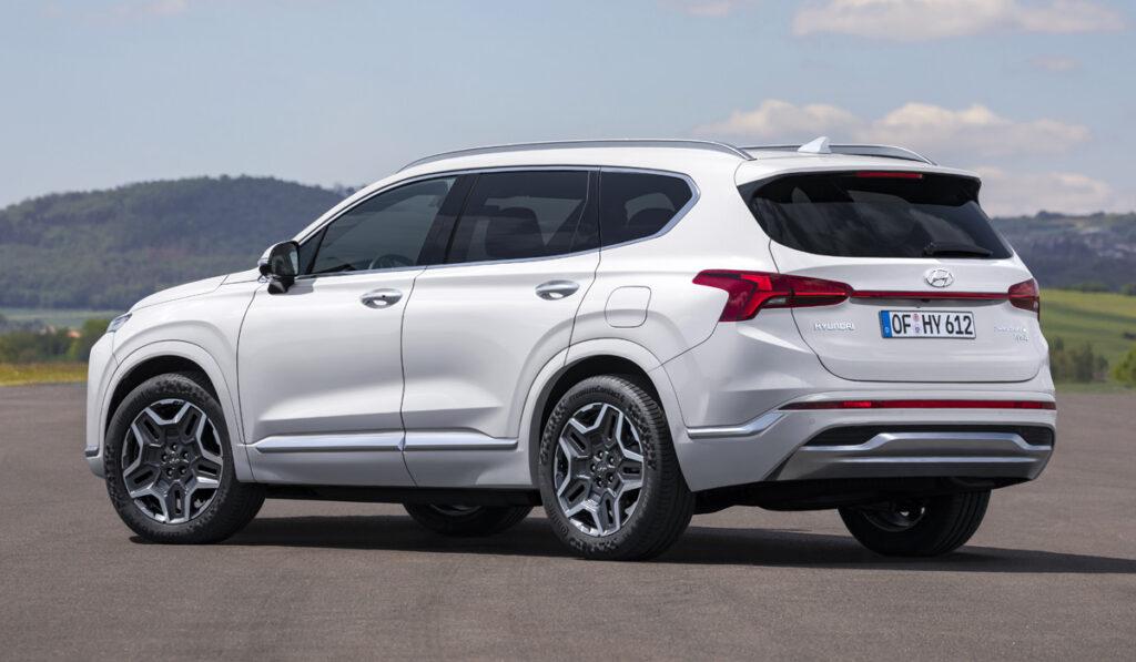 Hyundai Santa Fe, вид сзади