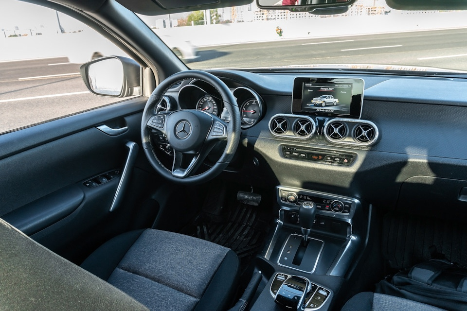 Mercedes-Benz X-class - премиальный пикап для рабочих будней