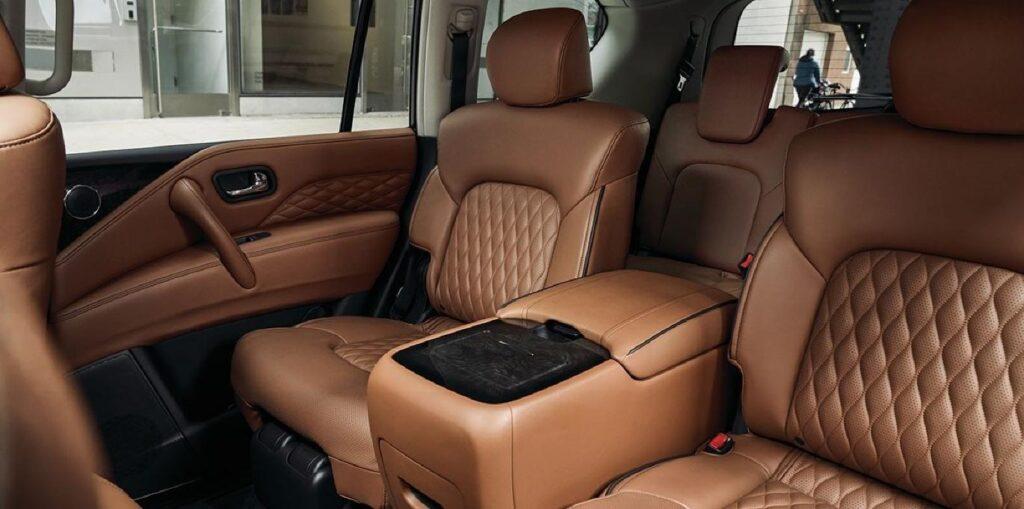 Задние ряды сидений Infiniti QX80
