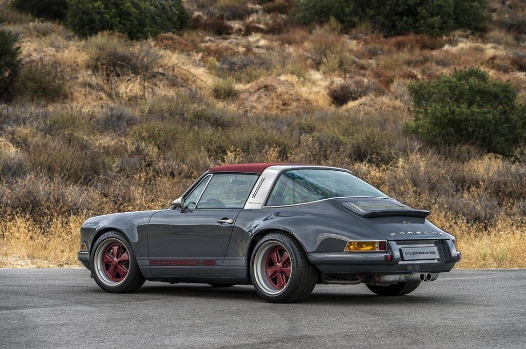 Porsche 911 Singer: лучшее сочетание старого и нового