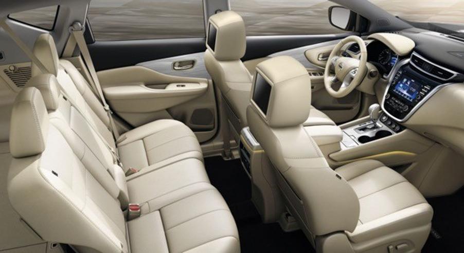 Просторный интерьер Nissan Murano 2020