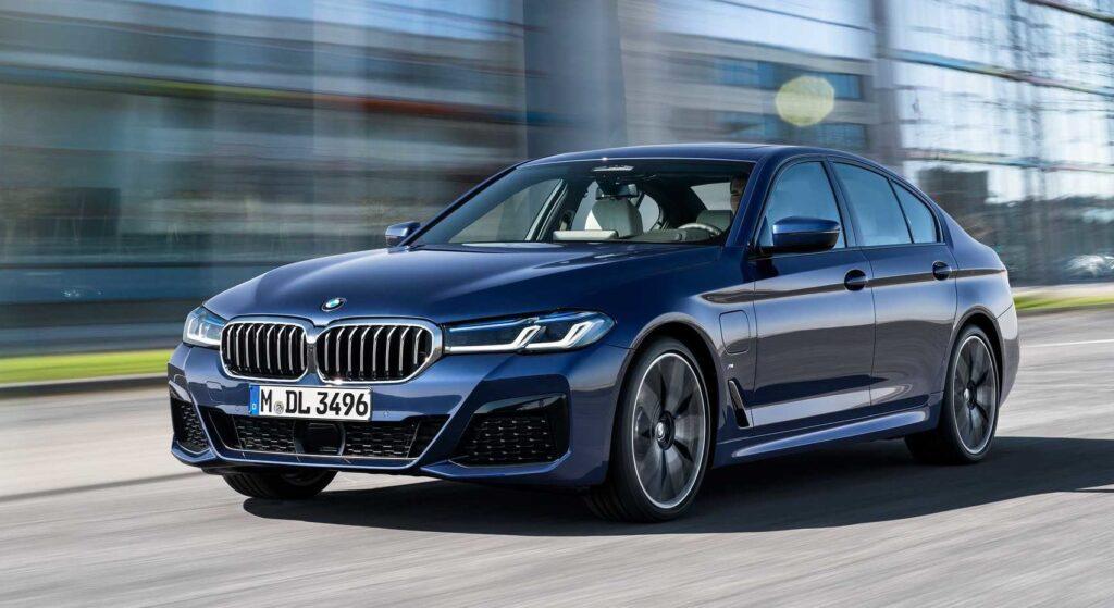 BMW 5-series в движении
