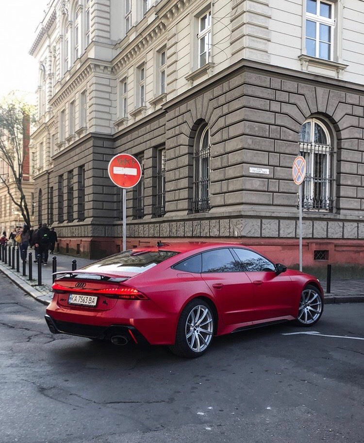 Audi RS7 - возможно, лучший лифтбек в истории компании