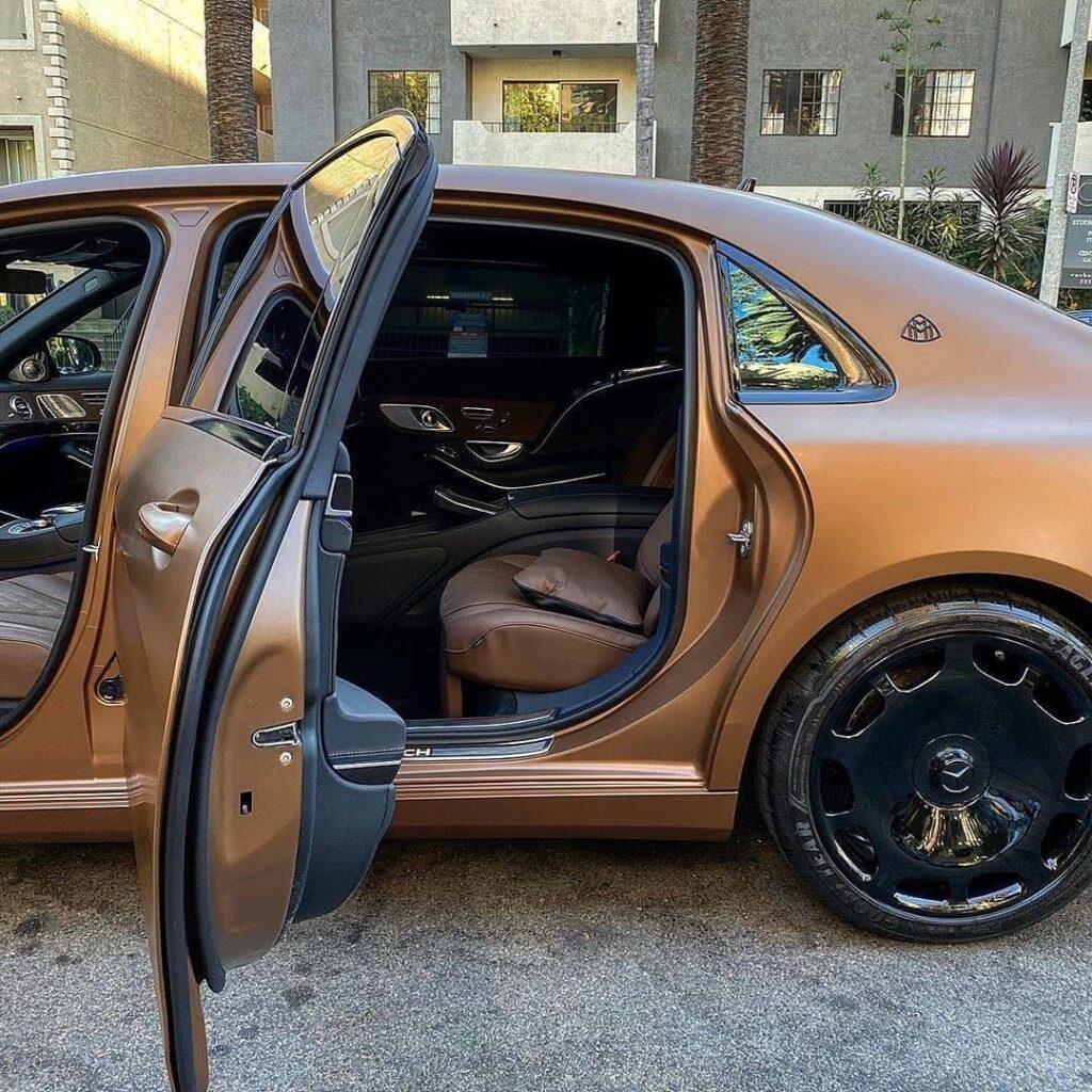Mercedes-Maybach: коричневого много не бывает