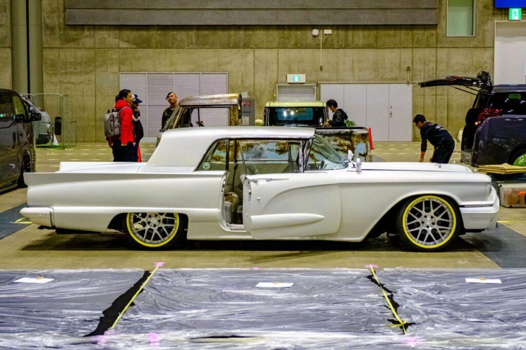 Шоу кастомных автомобилей в Японии