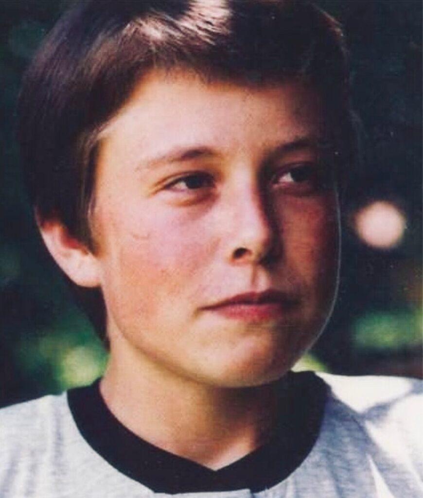 Илон Маск в детстве