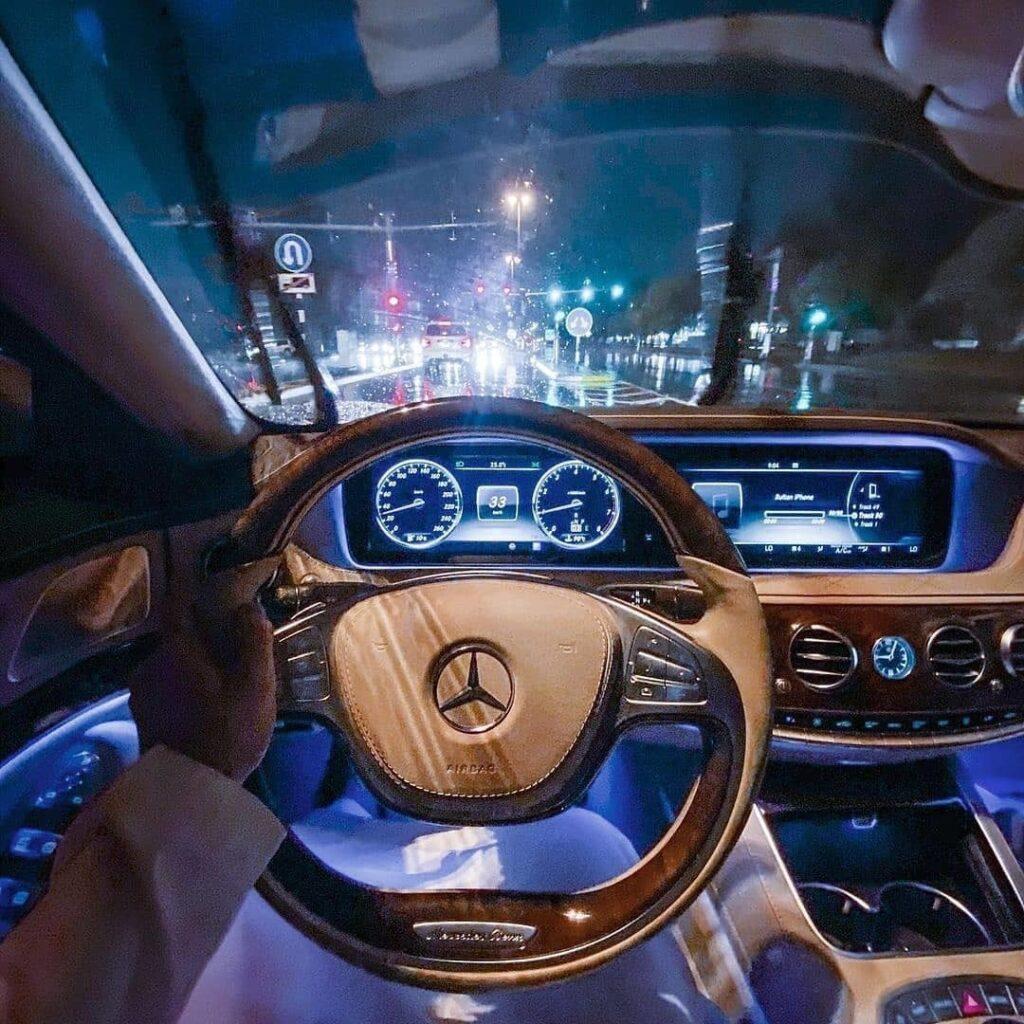 Салон Mercedes-Benz как отдельный вид искусства