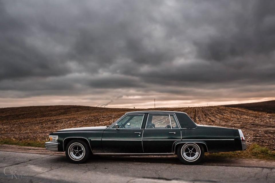 Cadillac DeVille 1978 года - настоящий американец