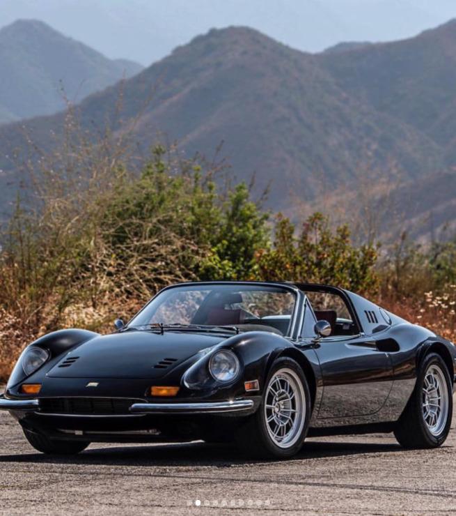 Ferrari Dino с элементами аутло