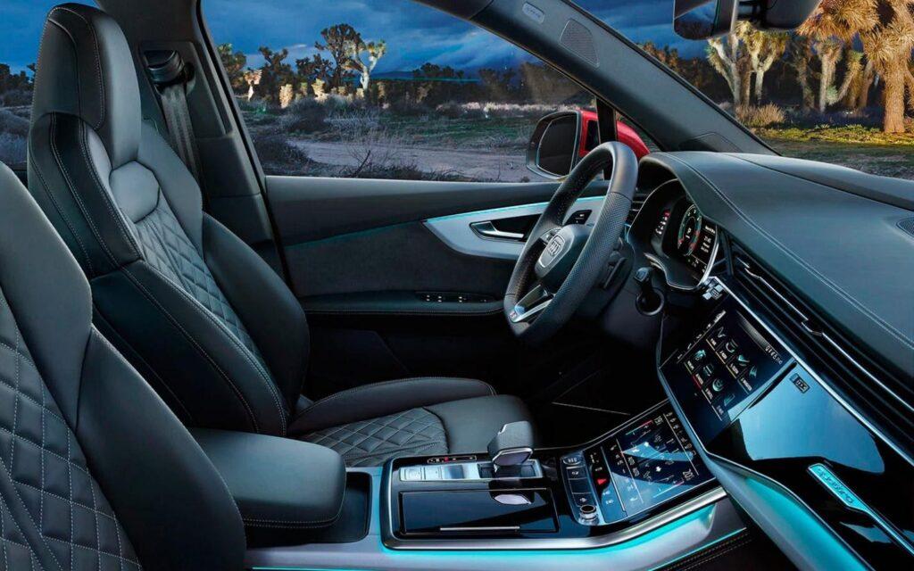 Интерьер Audi Q9