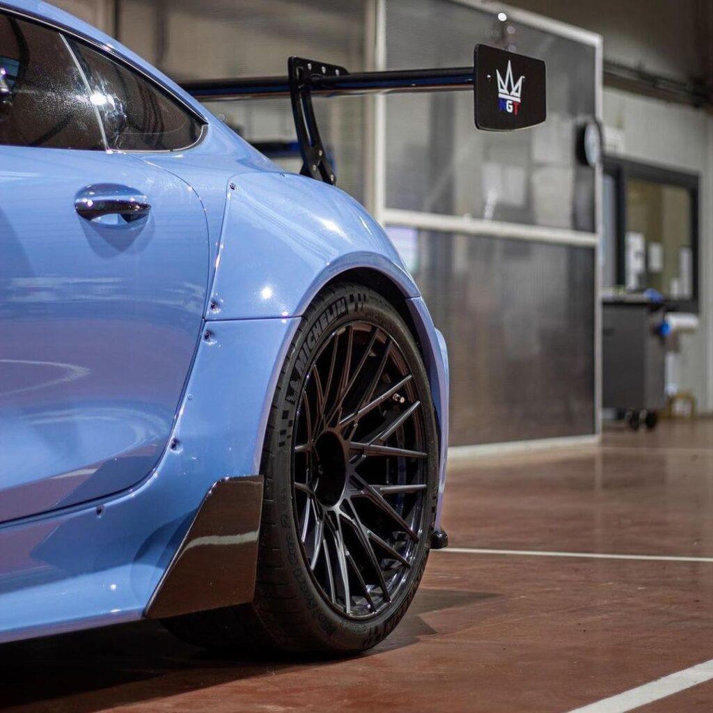 Mercedes-AMG GT - когда по делам нужно доехать очень быстро