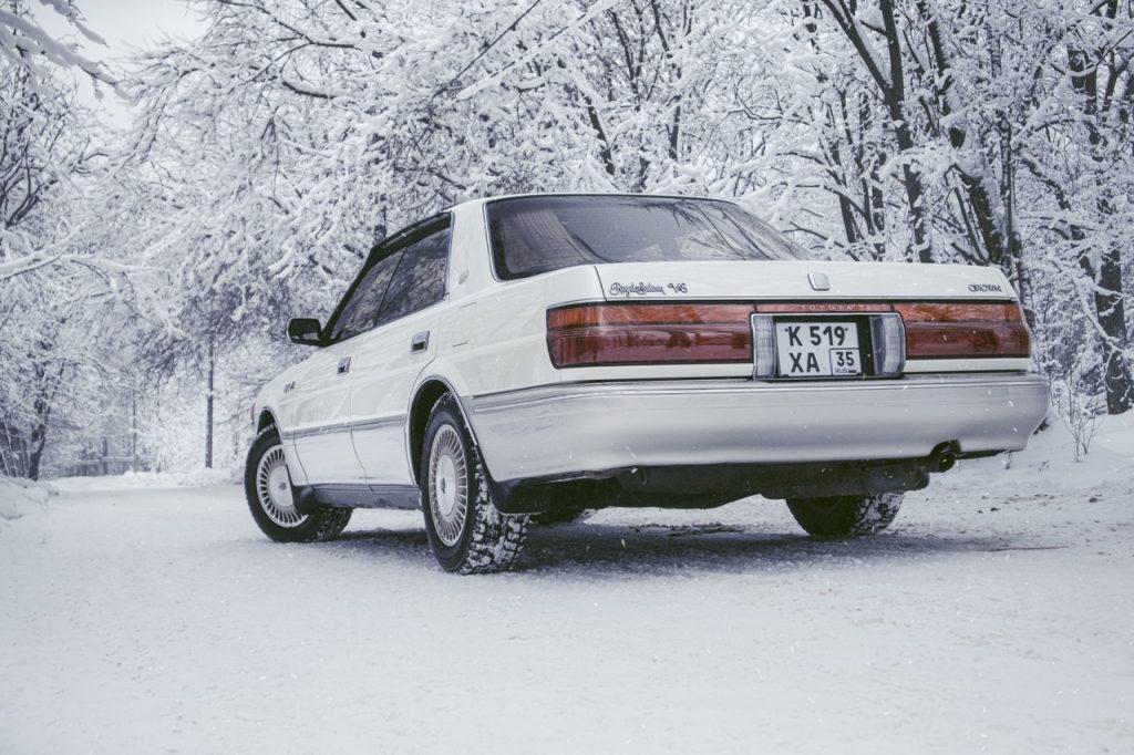 Toyota Crown UZS131 — императорская стать родом из Японии