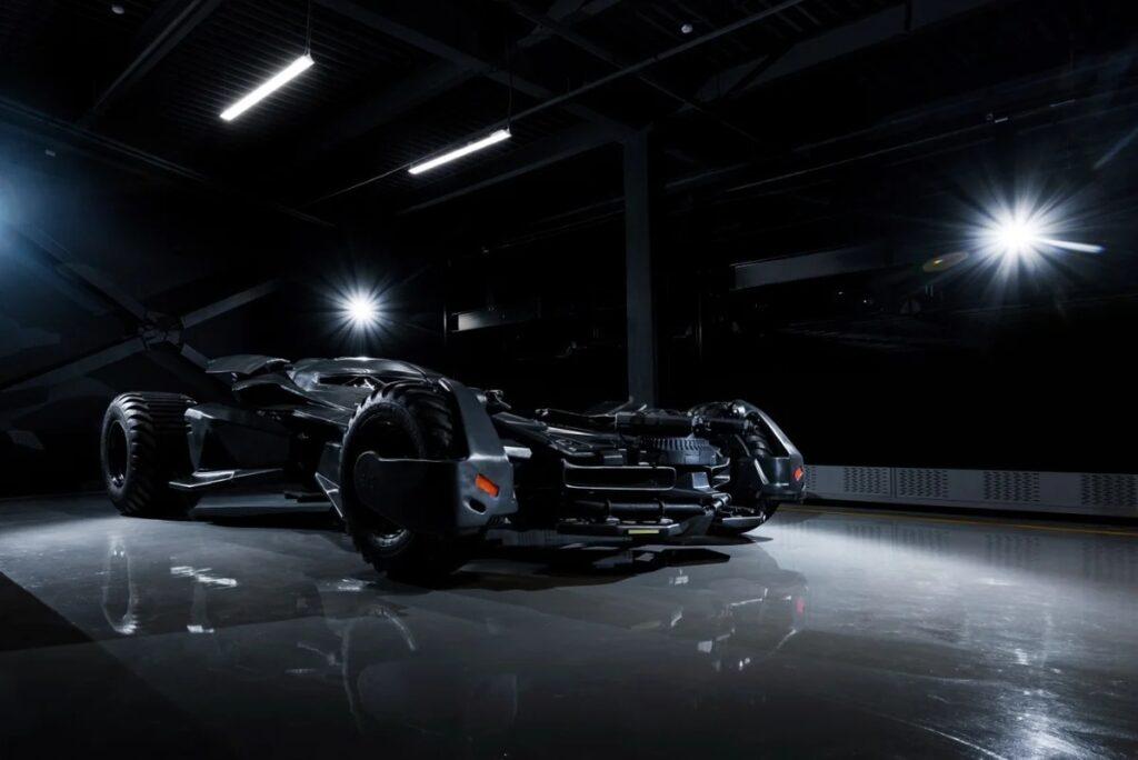 Супергеройский автомобиль Бэтмена в реальности