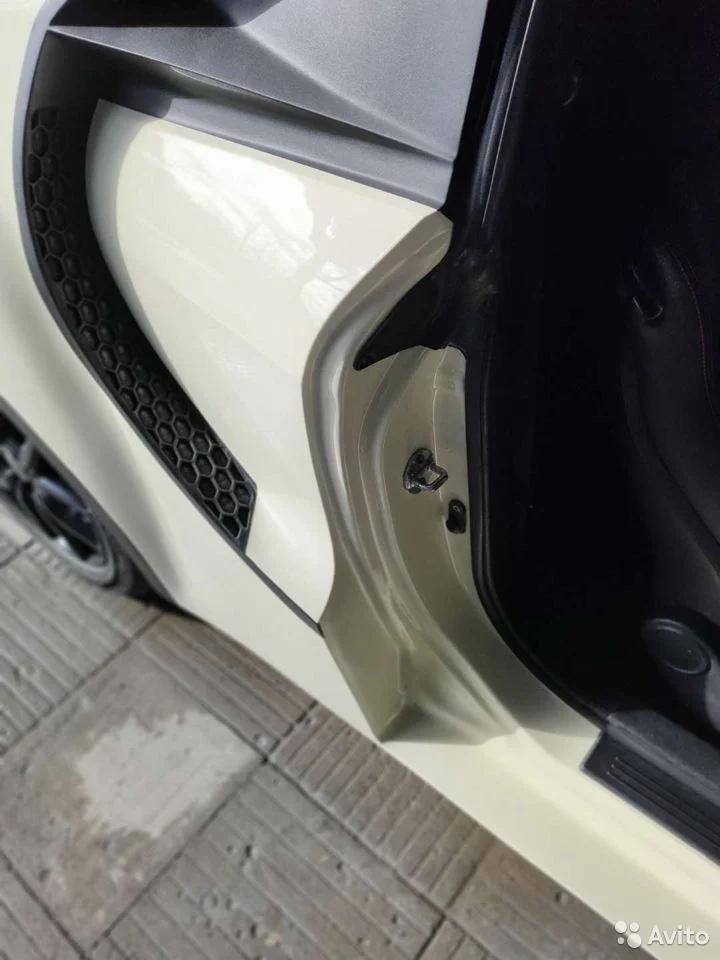 Hyundai Coupe 2008 года похожий на Bugatti Chiron