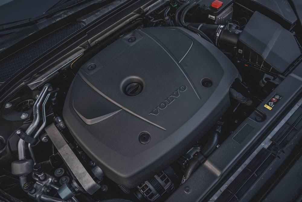 Volvo V60 - универсал достойный внимания и стоящий своих денег