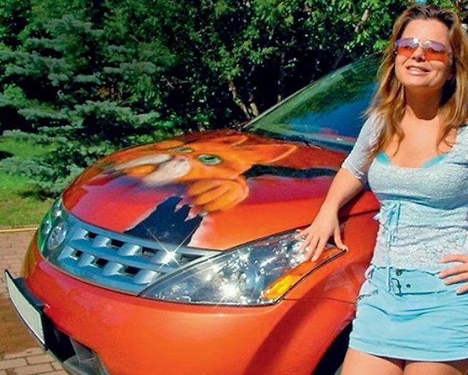 Королева со своим Nissan Murano